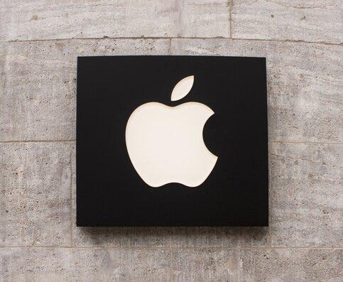 Apple создаст 70 новых эмодзи
