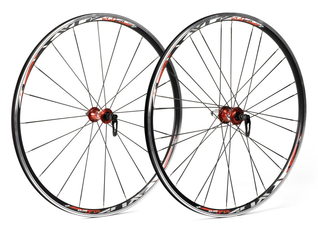 Xlc jeu roues sl racing 622-15c rayon plat sh.9-10v.