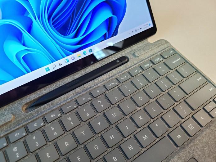 Microsoft Surface Pro 8 keyboard cubby Slim Pen 2