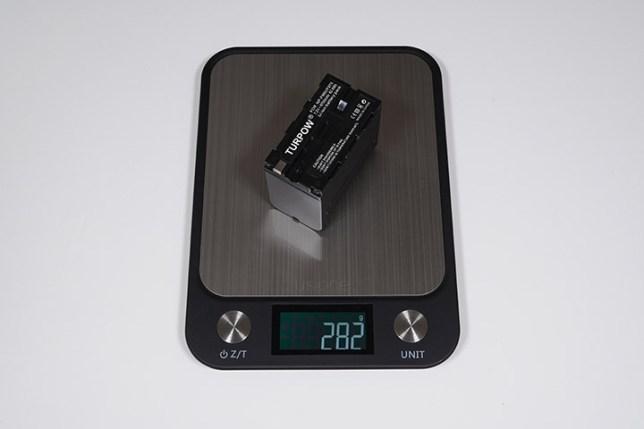 Turpow NP-F960/F970 互換バッテリー -重さ