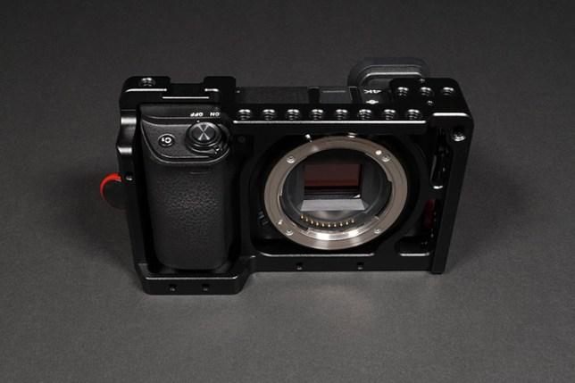 α6400 + NICEYRIG Sony α6000シリーズ用アルミカメラケージ