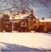 01-manor-house