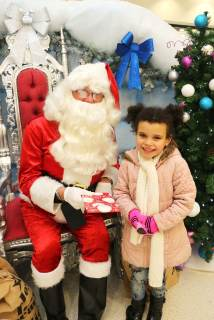 Destiny Davidson aged 5 with Santa at Northfield Shopping Centre