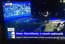 Photo of O piedică în calea comunicării: în doar trei minute, premierul Ludovic Orban și-a ridicat masca pe nas de 8 ori! De ce nu recomand