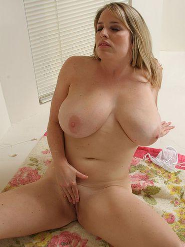 maggie lawson nude