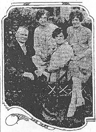 Carl Anderson and wife Anna in front with daughters Marion and in back (August 8, 1926 Oregonian)