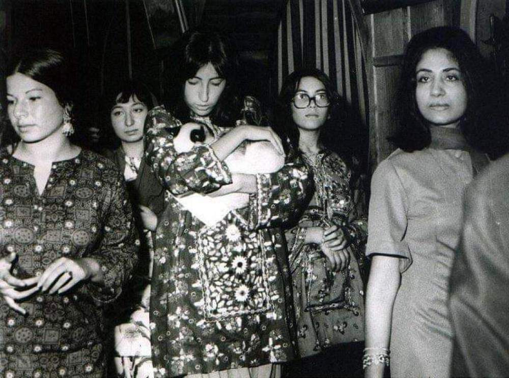 Benazir Bhutto with the ladies of Royal Family of Hunza