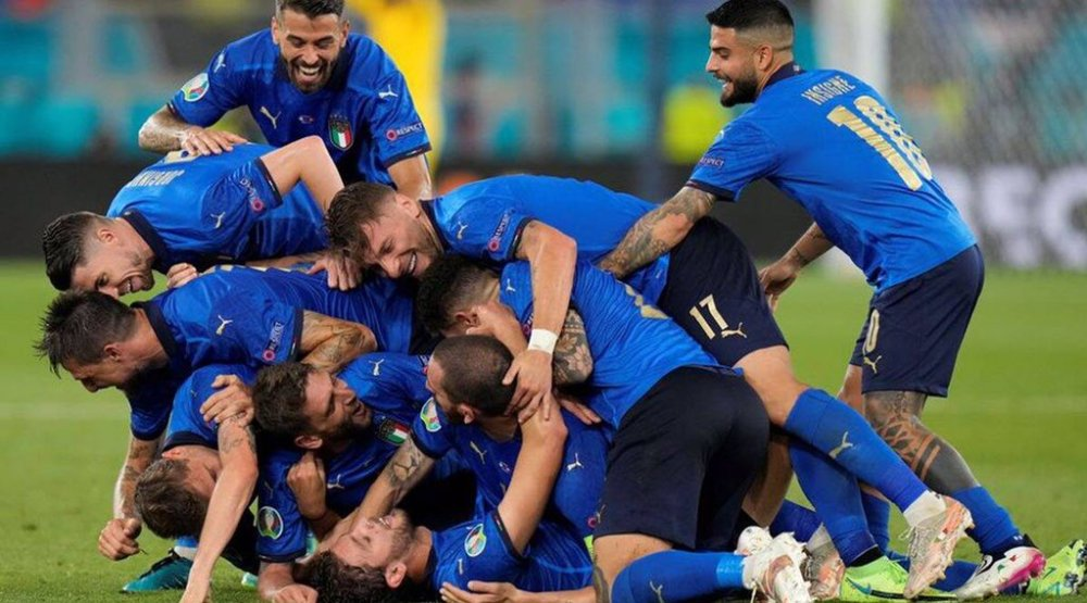Italy beat Spain in Euro Cup semi-final