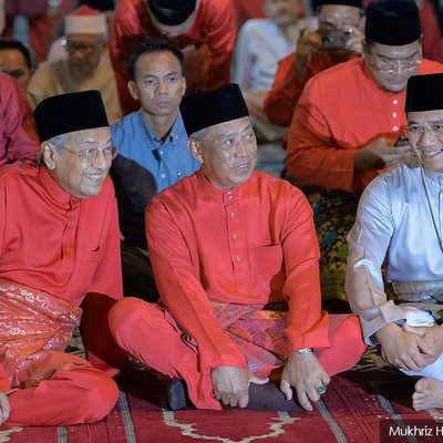 Anwar Dismisses Individuals Who Want To Jostle For Pm Post As Irrelevant
