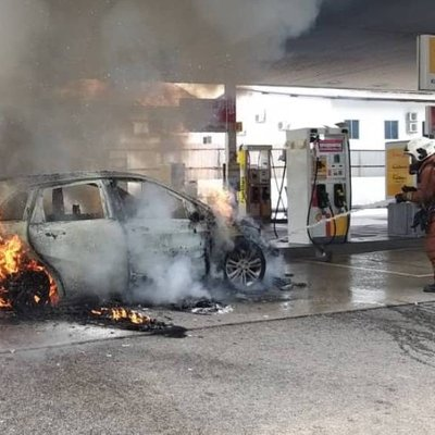 Car Destroyed In Fire At Johor Baru Petrol Station