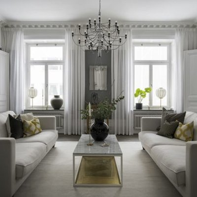 Elegant Details And Elegant Decor In Symmetry In Nordic Home
