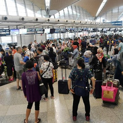 Glitch In 21 Year Old System To Blame For Klia Disruption Says Loke