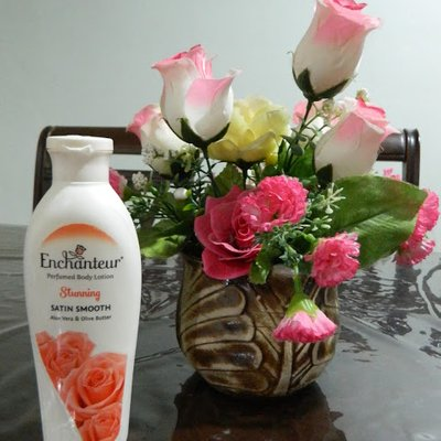 Jaga Kelembapan Kulit Dengan Enchanteur Perfumed Body Lotion
