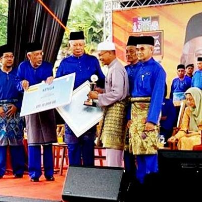 Najib S Rm1 4 Billion Aid To Felda Settlers Ahead Of Election