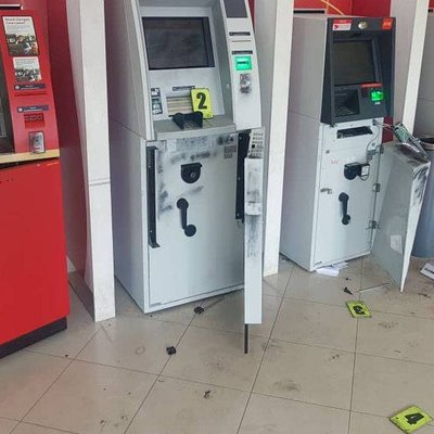 Thieves Try To Break Into Atm Cash Machines At Bank Branch In Setia Alam