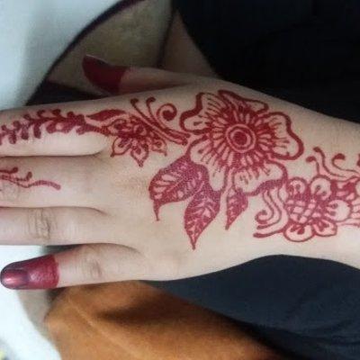 Tolong Lukiskan Henna Kat Jari Jemari Gebu Kawan
