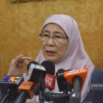 Wan Azizah Condemns Act Of Terrorism In Sri Lanka