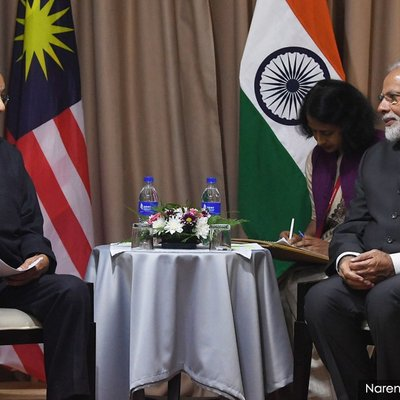 Zakir Naik Dr M Sets Record Straight On Meet With Indian Pm