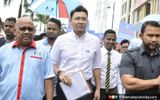 Disperse Or Face Action Anwar Tells Pro And Anti Zuraida Supporters At Pkr Hq