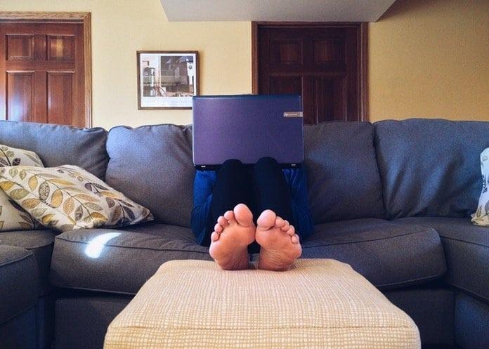 Otthon vagy a lakásodban?