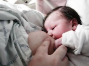 tejbelövellés szülés után