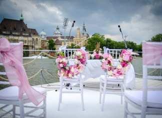 vízparti esküvő