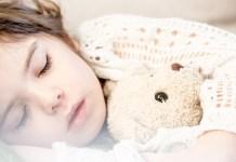 Alvásra nevelés, avagy a megfelelő esti rutin kialakítása