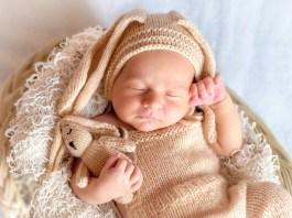 A baba hallása, látása,érzékelése - 1 hónapos korában