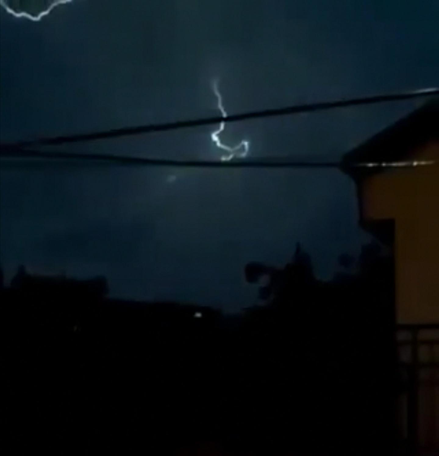 Експлозија на топчеста молња над Битола