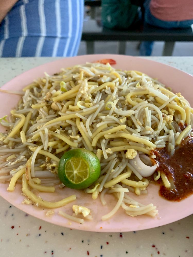 Michelin starred Hokkien Mee at Tiong Bahru Hawker Center