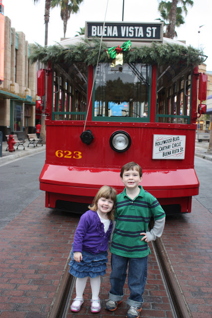 Top 5 Places to Take a Family Holiday Photo in Disney California Adventure Park  Babes in