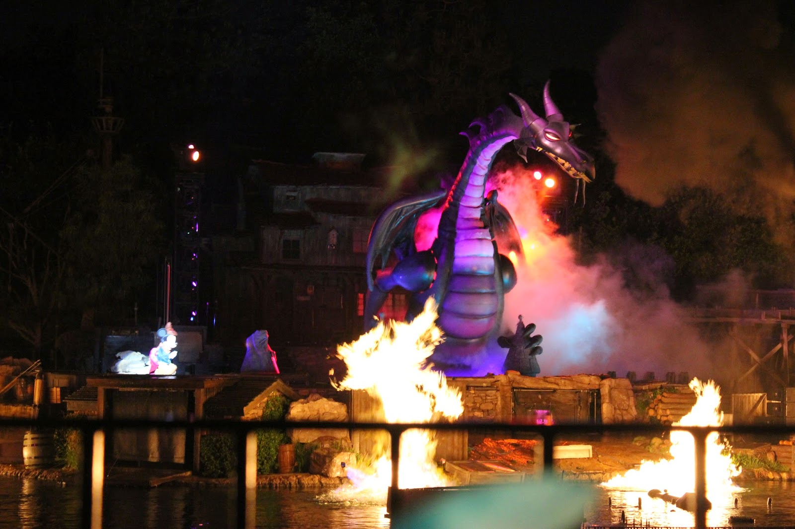 Fantasmic Premium Dining Experience Review and Tips  Babes in Disneyland