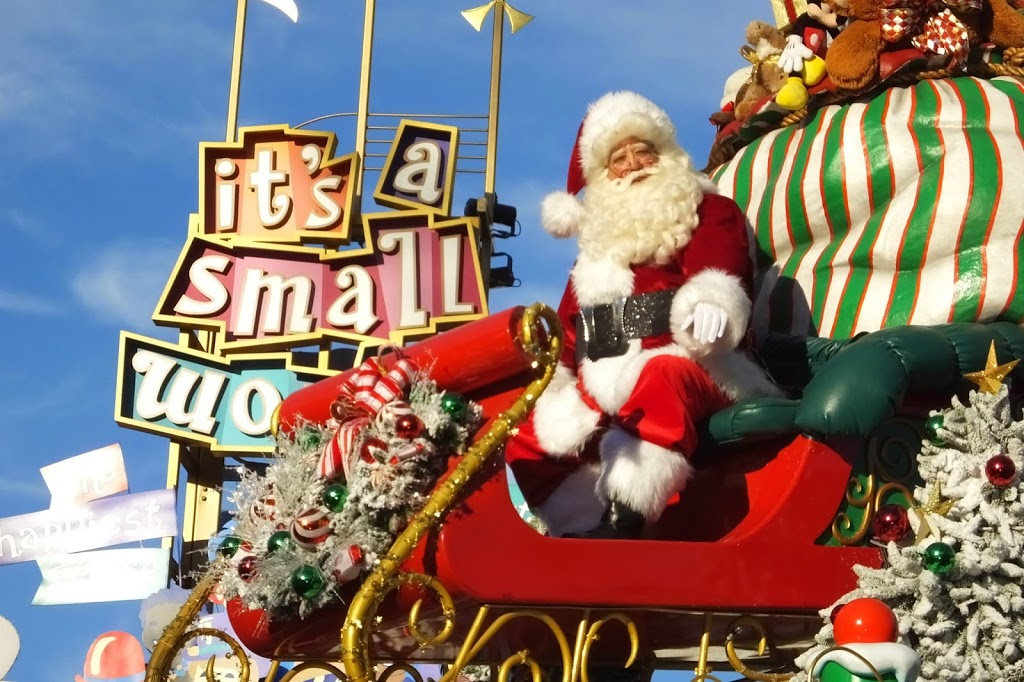 it isnt the christmas season for me until i see a christmas fantasy parade at disneyland seeing those familiar floats make their way down the magic - When Does Disneyland Take Down Christmas Decorations