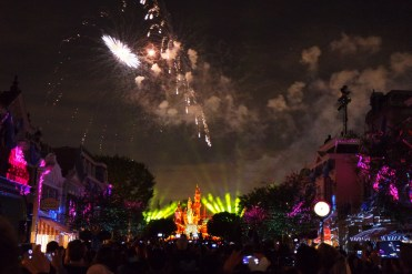 Where to watch Disneyland Forever fireworks