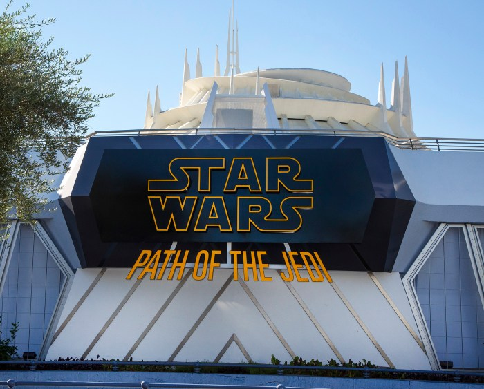 Relive great scenes from past Star Wars films and experience new ones at the Tomorrowland Theater.