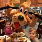 Tips for Character Dining at the Disneyland Resort: Pre-Schooler Edition