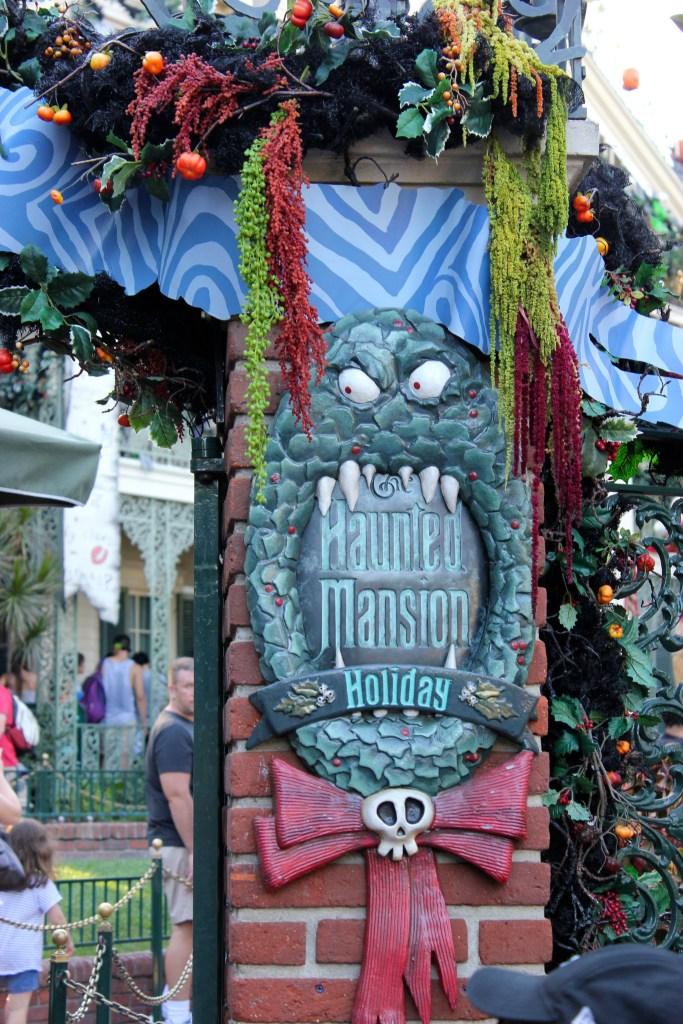 Disneyland Christmas Decorations 2017 : Halloween time at the disneyland resort babes in