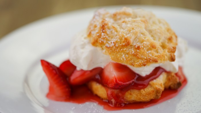 Strawberry Shortcake Dessert at River Belle Terrace Restaurant. (Photo Courtesy of Disney Parks Blog)