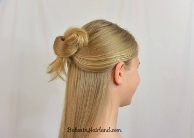 Easy 1 Minute Hairstyle | BabesInHairland.com