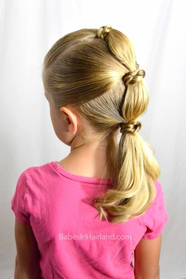 Knotty Bubble Ponytail from BabesInHairland.com