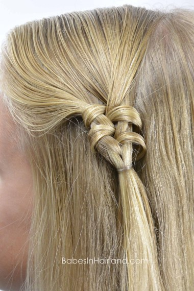 Knotted Fishbone Braid from BabesInHairland.com #fishbone #fishtail #braid #hair #hairstyle