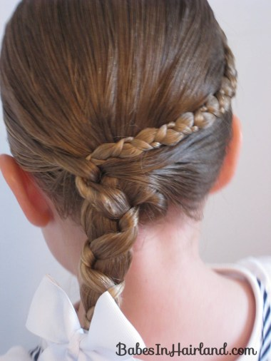 Uneven Accent Braid to an Uneven Side Braid (1)