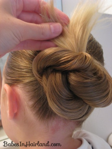 Loopy Bun Hairstyle (7)