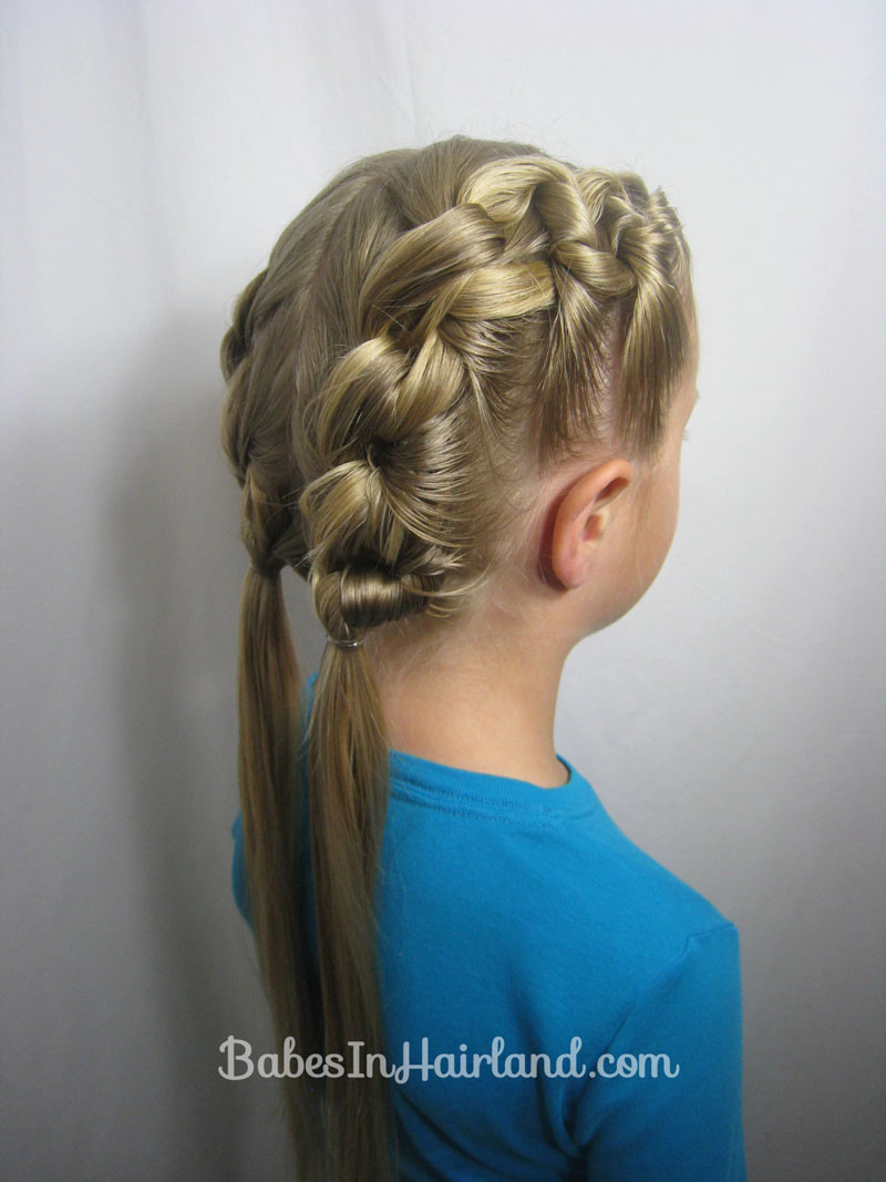 chunky knot hairstyle - babes