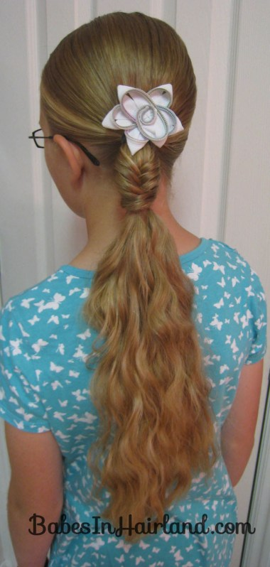 Quick Fishbone Braid Hairstyle (2)