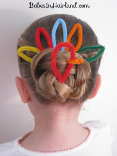 Cute Turkey Bun Hairstyle (11)