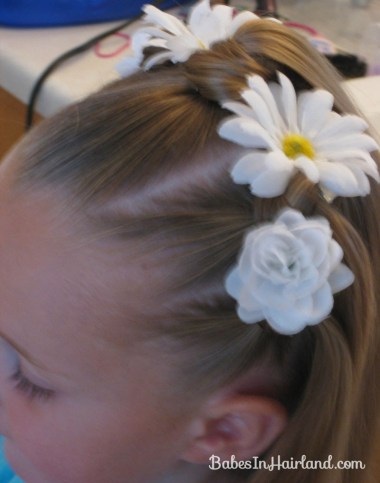 Knotty Flower Girl Hairstyle (11)