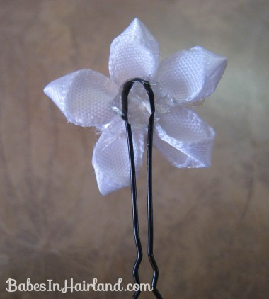 Accessorizing with Hair Pins (7)