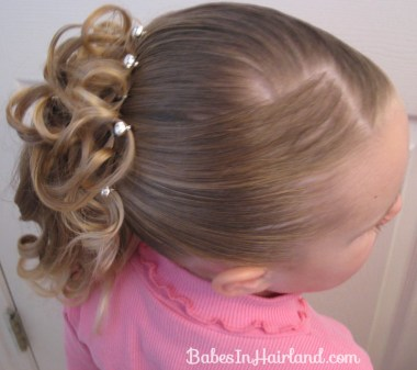 Curls above Ponytail Hairstyle (11)