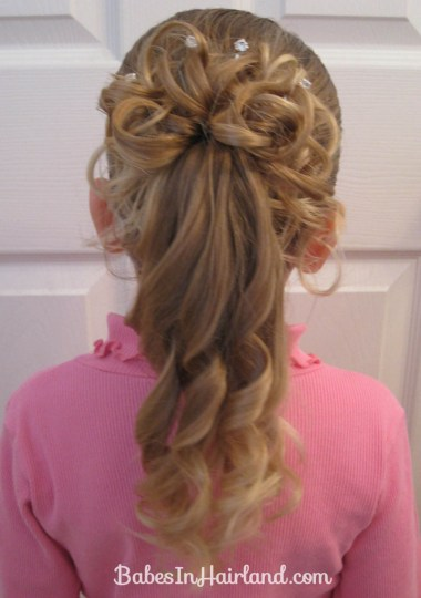 Curls above Ponytail Hairstyle (1)